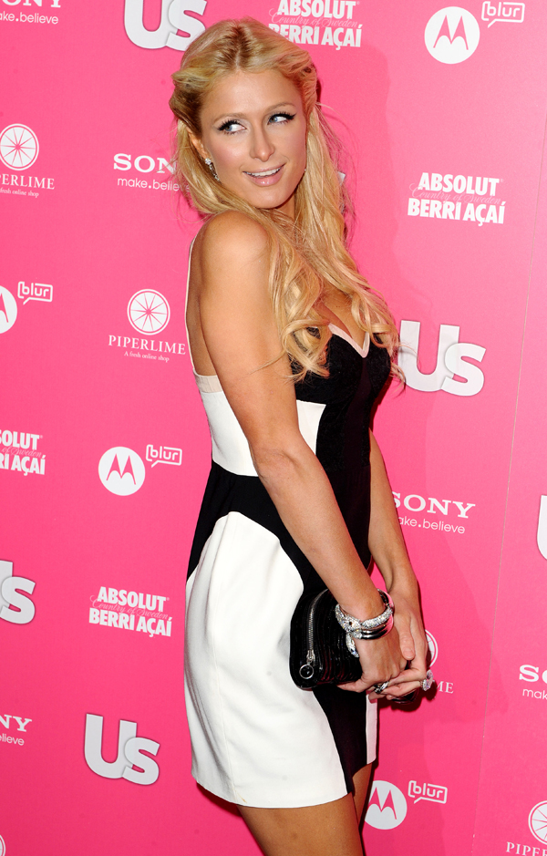 Paris Hilton un Nikki Hilotn