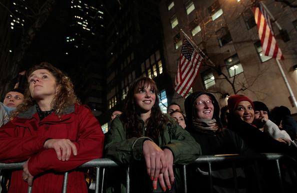 2010+Rockefeller+Center+Christmas+Tree+Lighting+grmF3rOYQ3Wl.jpg