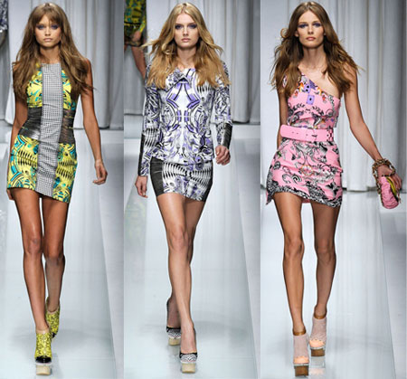 Apģērbu kolekcija no Versace (sezona pavasaris-vasara 2010)