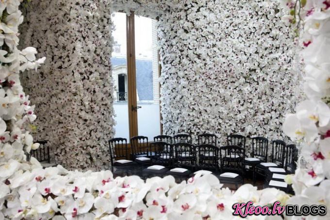 Миллион цветов на шоу Christian Dior