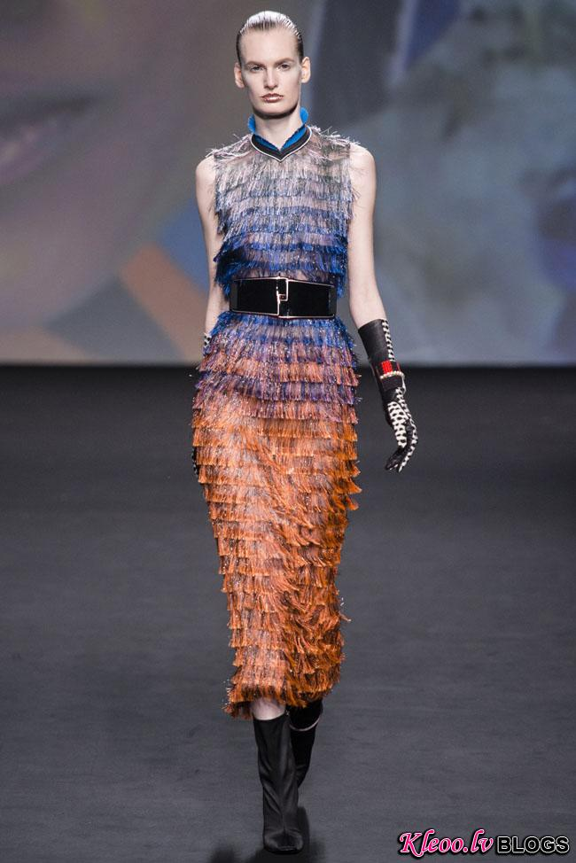 dior-couture-fall-2013-15.jpg