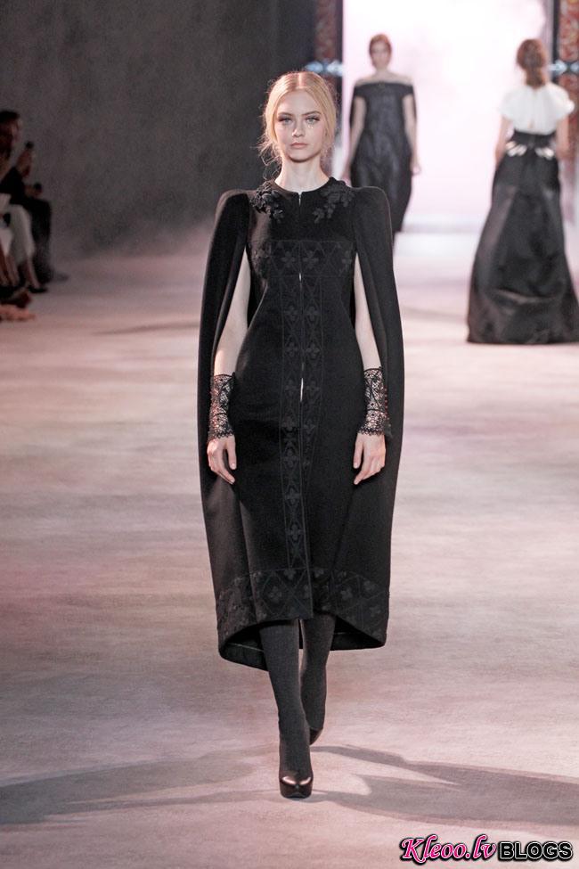 ulyana-sergeenko-fall-couture-12.jpg