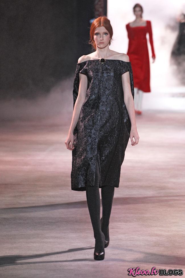 ulyana-sergeenko-fall-couture-13.jpg