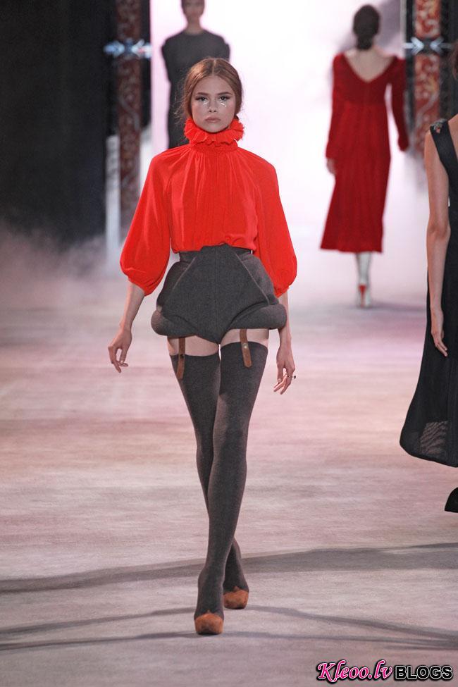 ulyana-sergeenko-fall-couture-17.jpg