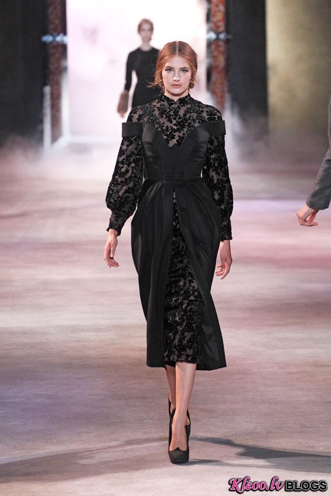 ulyana-sergeenko-fall-couture-19.jpg