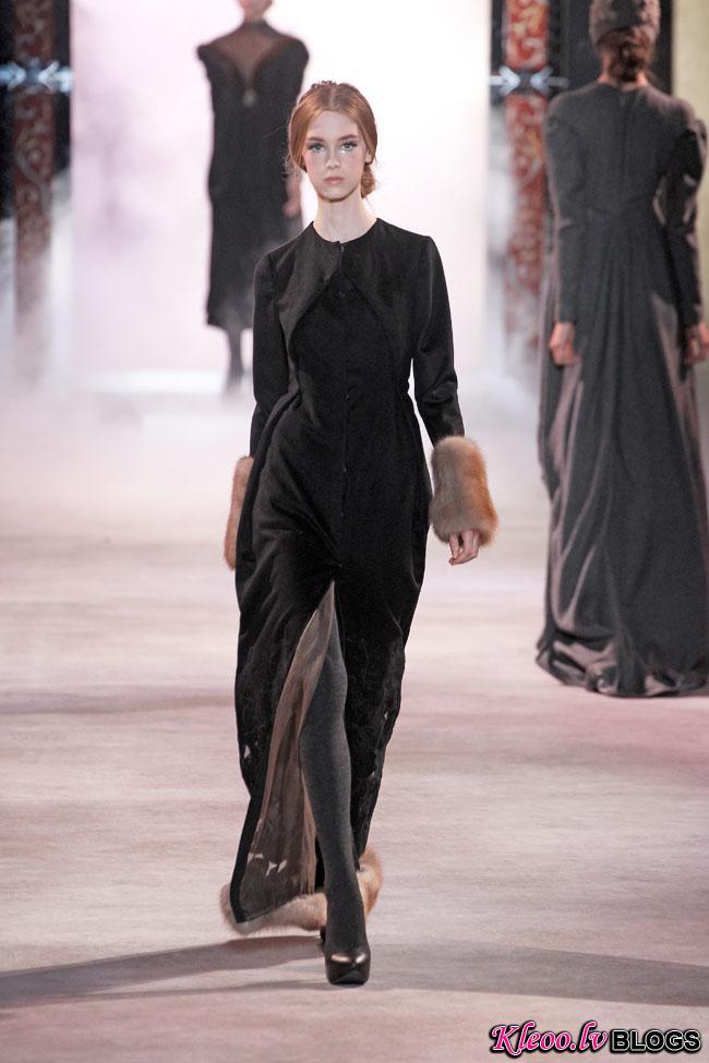 ulyana-sergeenko-fall-couture-20.jpg