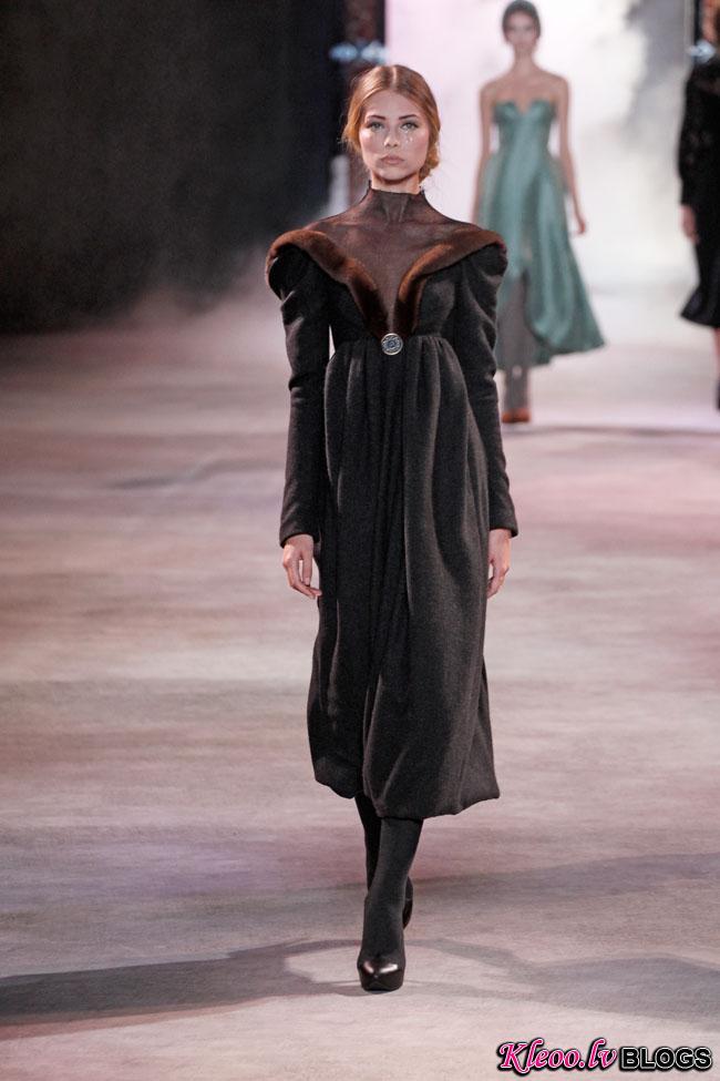 ulyana-sergeenko-fall-couture-21.jpg