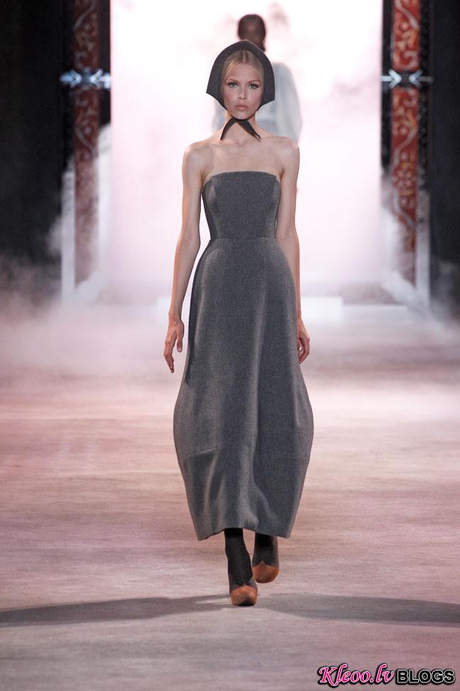 ulyana-sergeenko-fall-couture-3.jpg