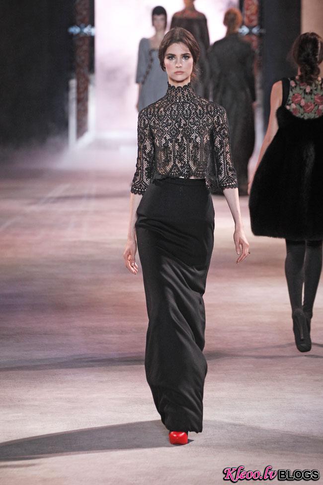 ulyana-sergeenko-fall-couture-30.jpg