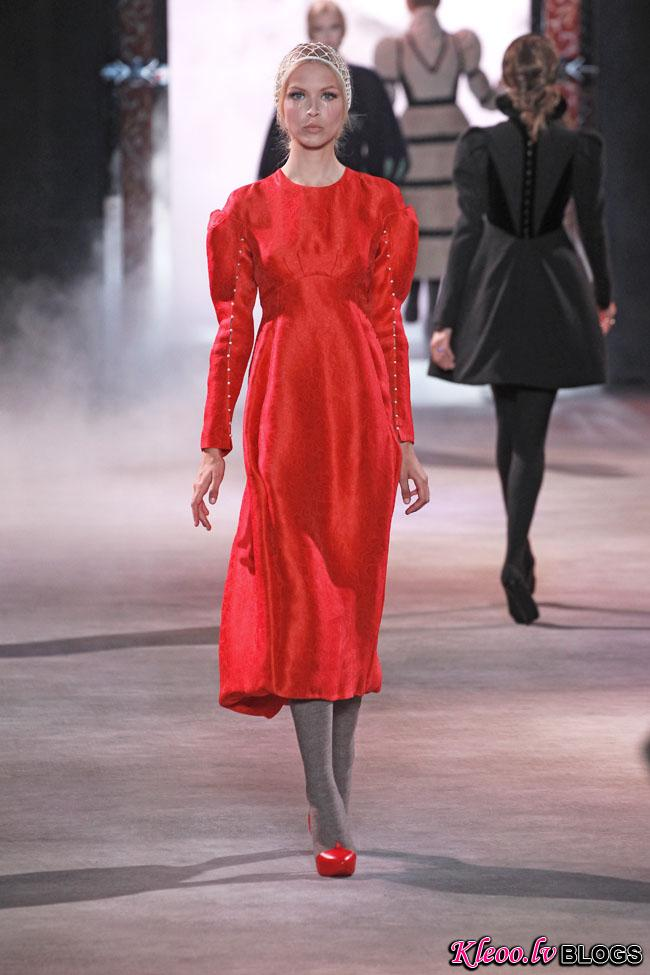 ulyana-sergeenko-fall-couture-35.jpg