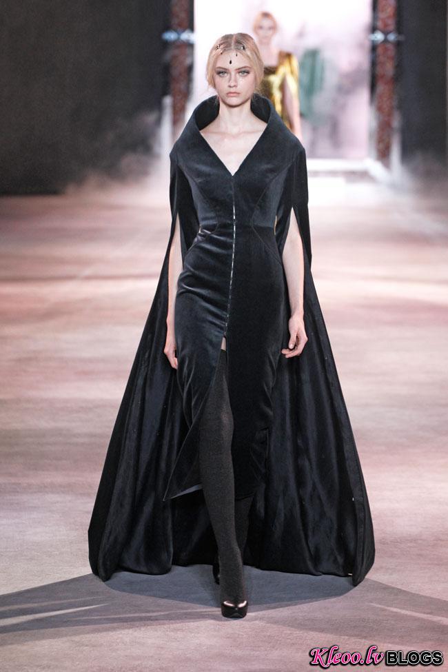ulyana-sergeenko-fall-couture-38.jpg