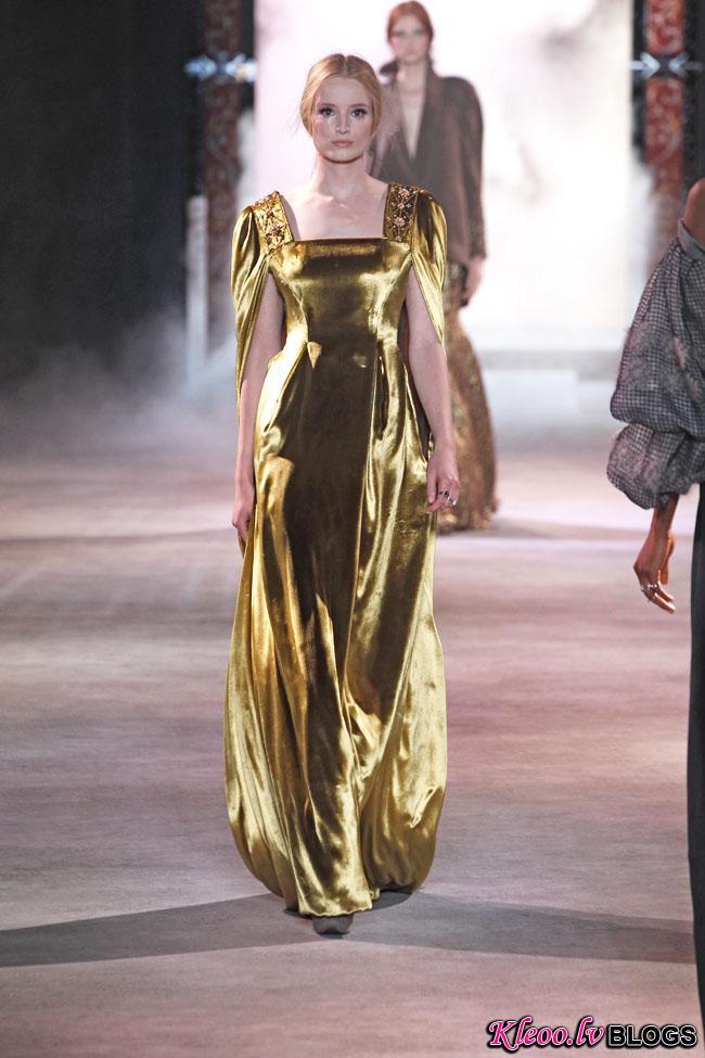 ulyana-sergeenko-fall-couture-39.jpg