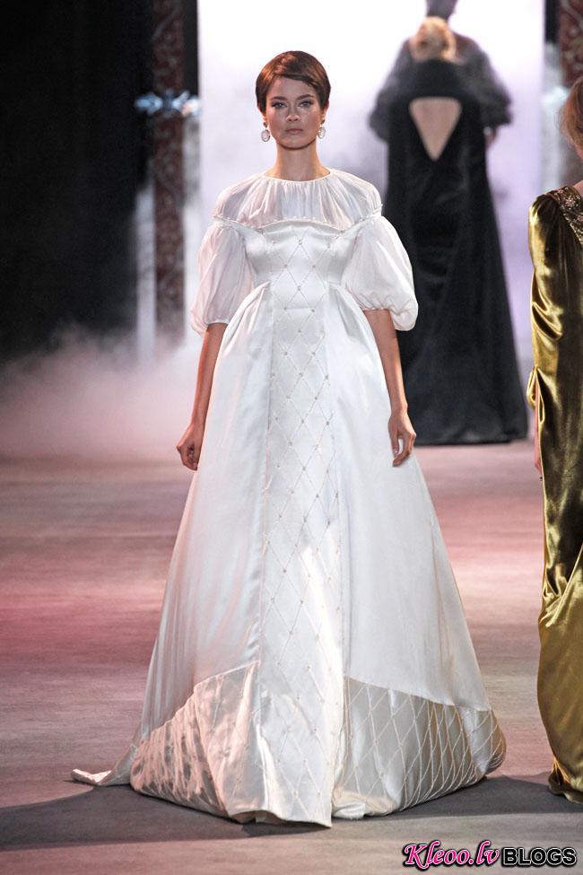 ulyana-sergeenko-fall-couture-41.jpg