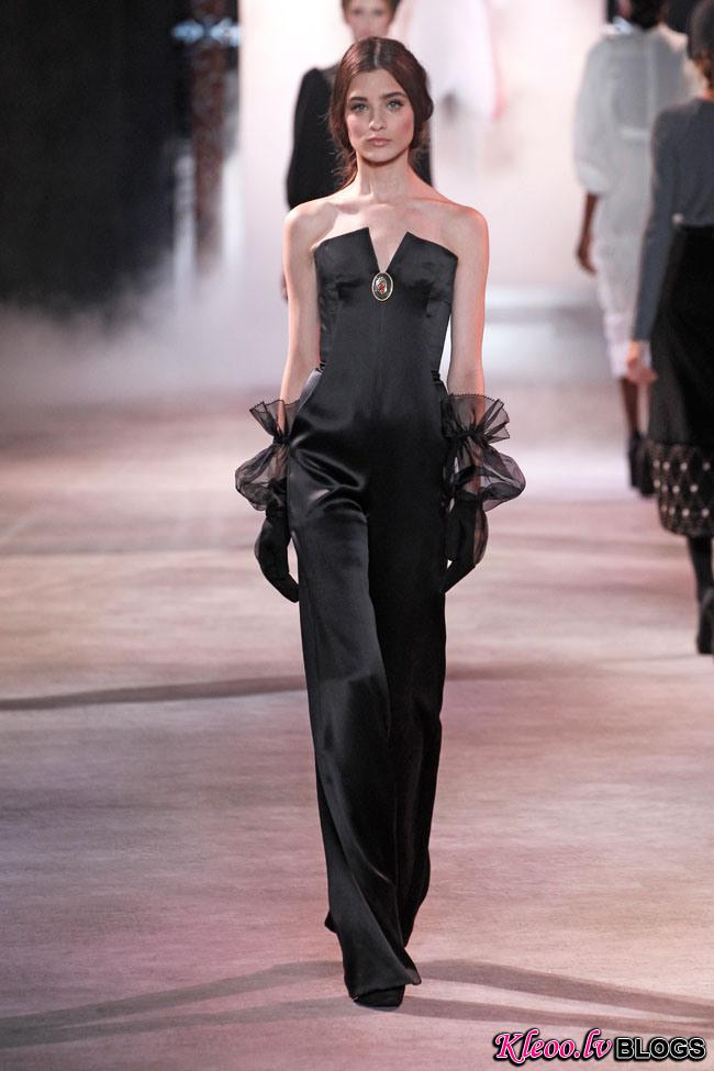 ulyana-sergeenko-fall-couture-6.jpg