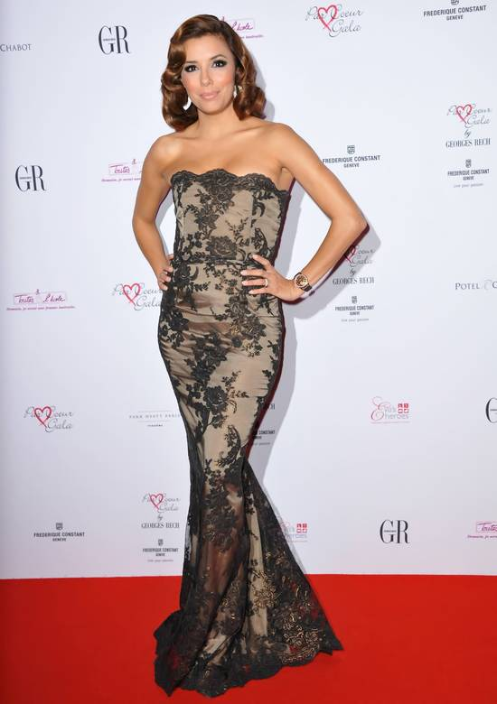 Eva Longoria shows cleavage as she attends Par Coeur Gala 2010 in Paris - Hot Celebs Home
