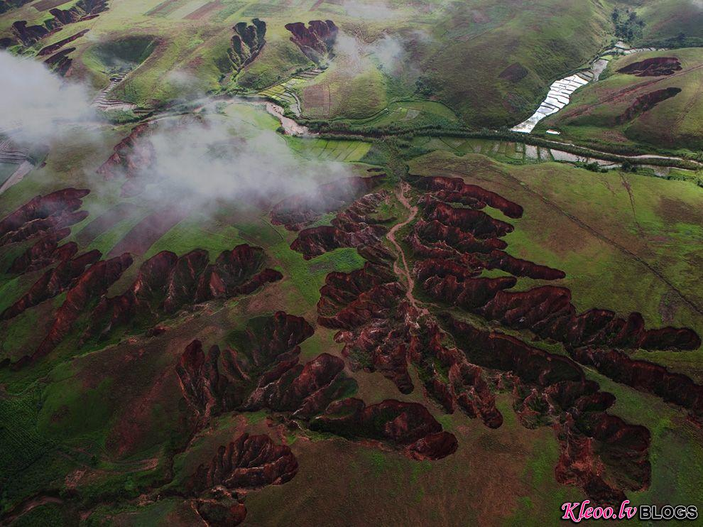 Photo: Aerial of eroded landscape