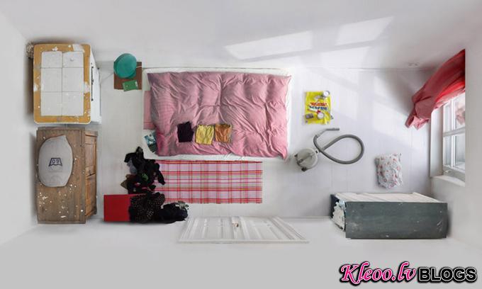 RoomPortraitsMennoAden03.jpg