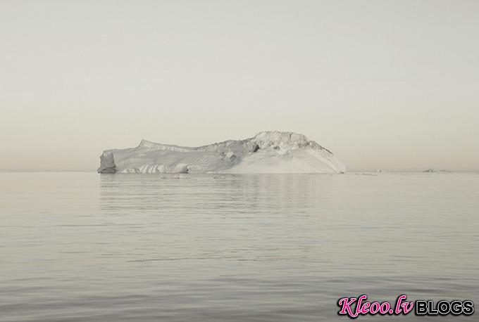 melt-portrait-of-an-iceberg-12_.jpg