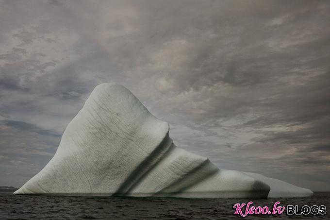 melt-portrait-of-an-iceberg-13_.jpg