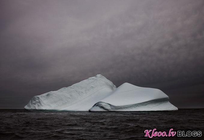 melt-portrait-of-an-iceberg-19_.jpg