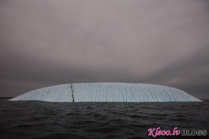 melt-portrait-of-an-iceberg-21_.jpg