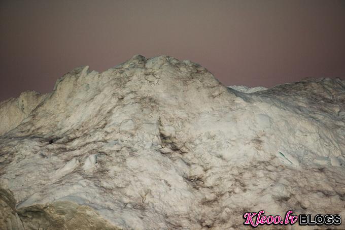 melt-portrait-of-an-iceberg-04_.jpg
