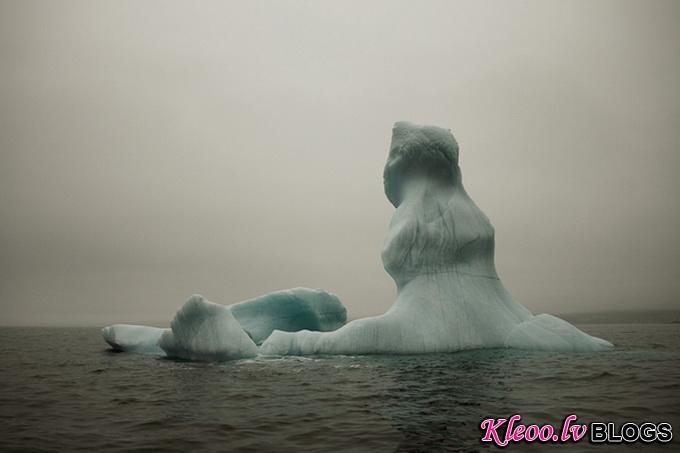 melt-portrait-of-an-iceberg-22_.jpg