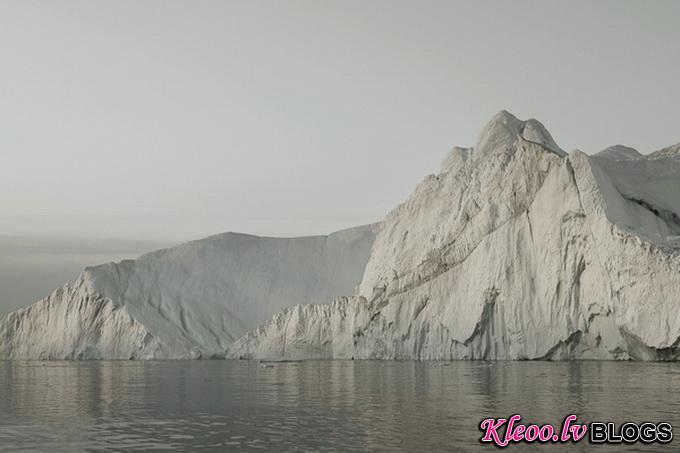 melt-portrait-of-an-iceberg-06_.jpg