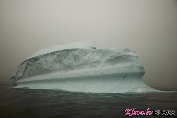 melt-portrait-of-an-iceberg-10_.jpg
