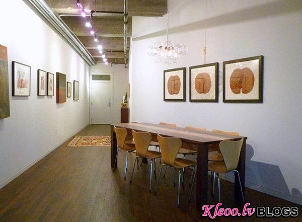 Dining room of a Houston loft How to Decorate a Room with White Walls