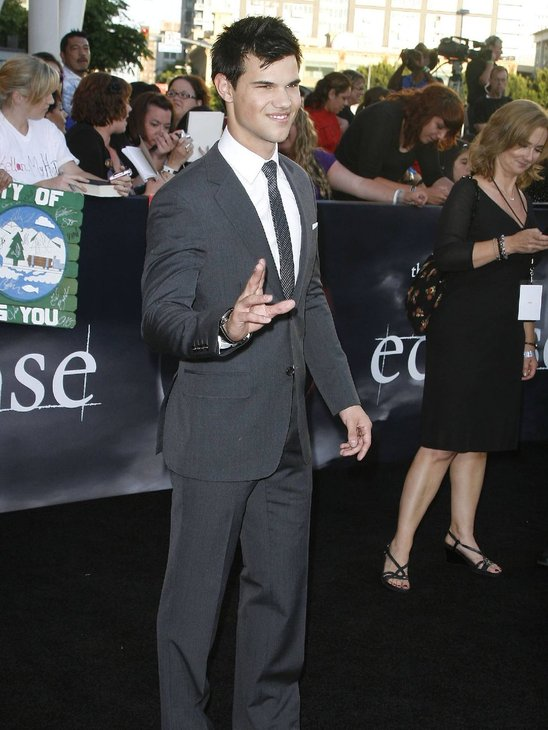 Taylor looking sharp in his grey suit!