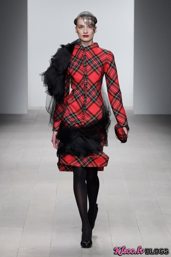 Corrie-Nielsen-Autumn-Winter-2012_13-Womenswear-Collection-01.jpg