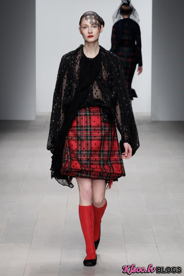 Corrie-Nielsen-Autumn-Winter-2012_13-Womenswear-Collection-27.jpg