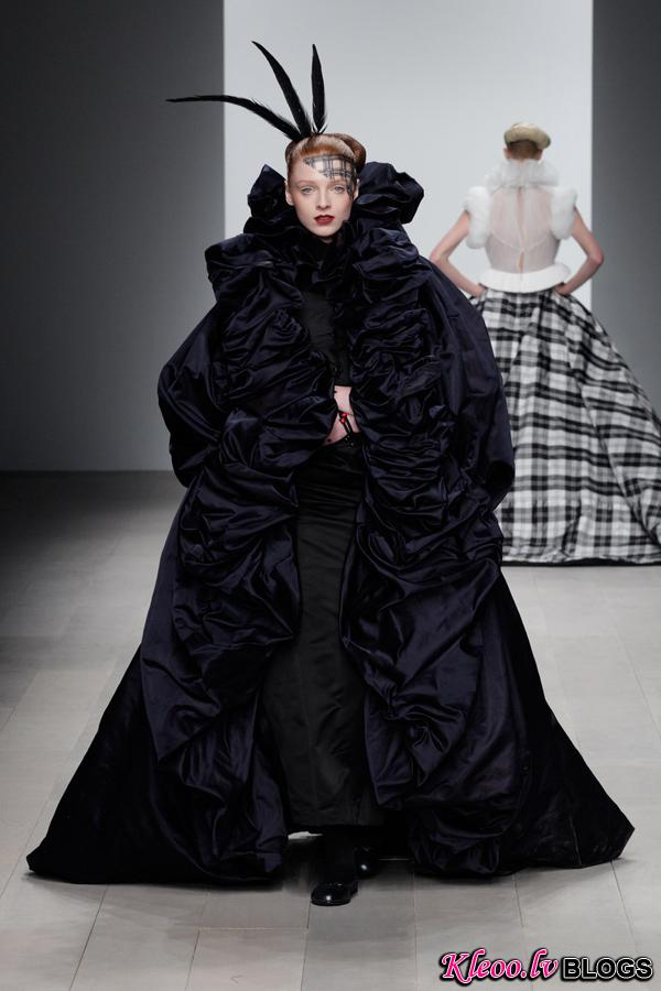 Corrie-Nielsen-Autumn-Winter-2012_13-Womenswear-Collection-37.jpg