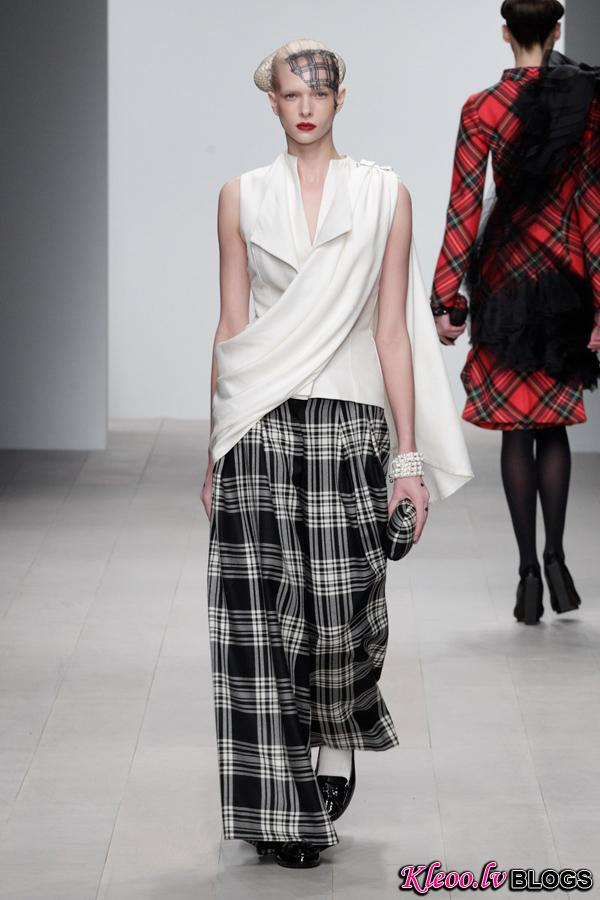 Corrie-Nielsen-Autumn-Winter-2012_13-Womenswear-Collection-03.jpg