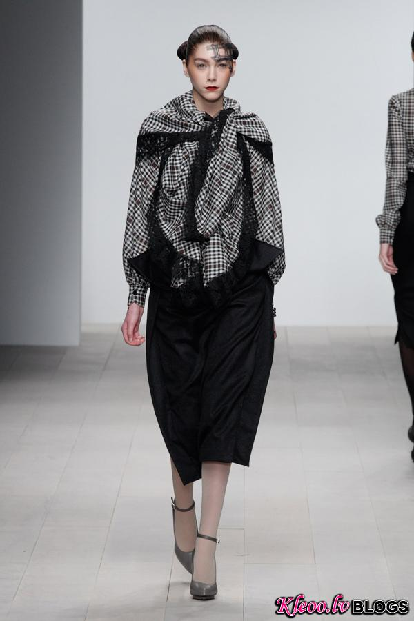 Corrie-Nielsen-Autumn-Winter-2012_13-Womenswear-Collection-17.jpg