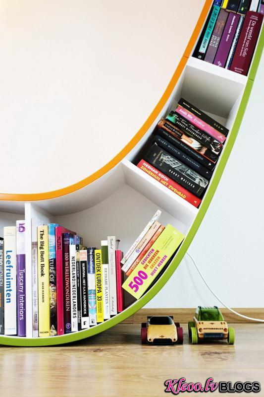 2012-Modern-Bookworm-Bookshelf-Design-Ideas-640x429.jpg