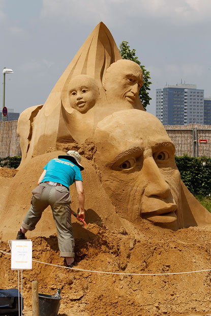 Sandsation - Sand Sculptures Festival in Berlin