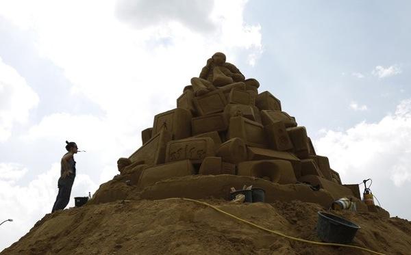 Выставка песчаных фигур в Берлине, Германия