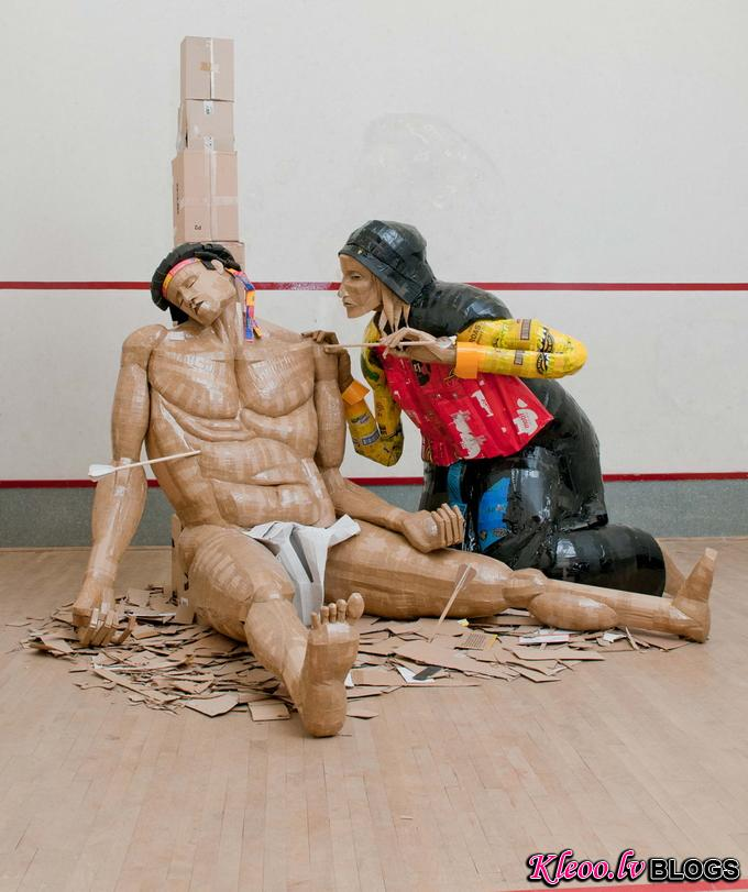 Картонные скульптуры Dylan Shields