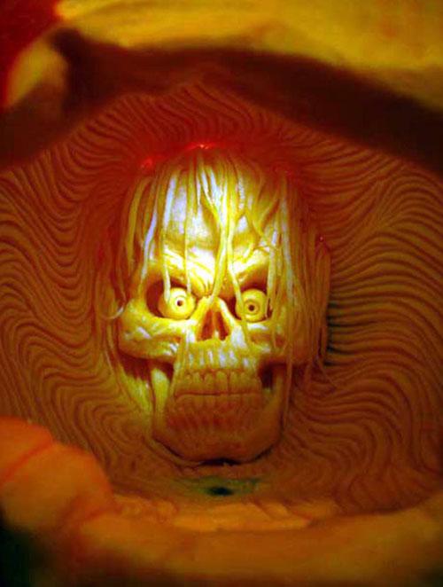 ss-100929-pumpkin-carving-18_ss_full.jpg