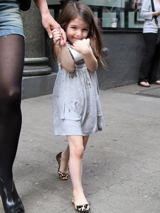 Suri Cruise is simply adorable in these tiny leopard flats!