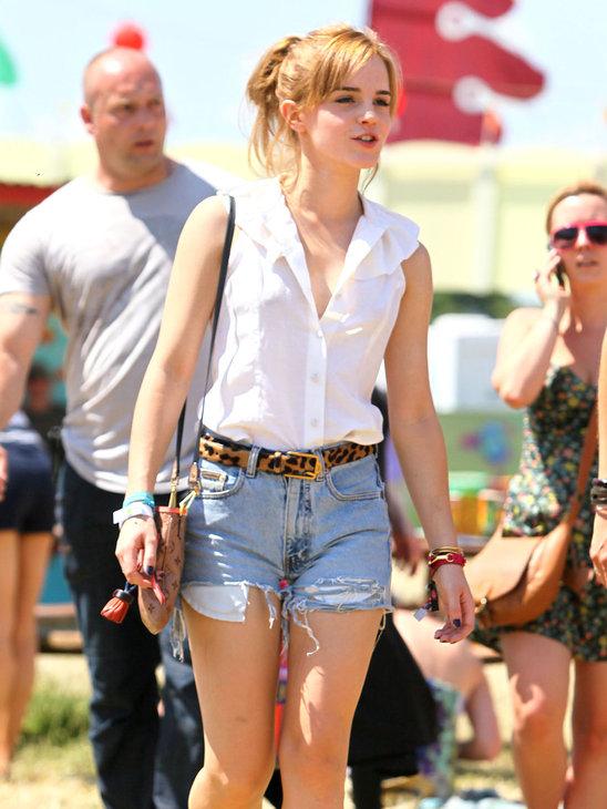 We love Emma Watsons rock-chic style!