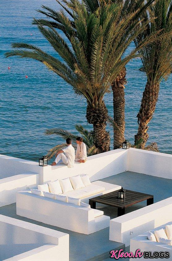 almyra-hotel-thanos-michaelides02.jpg