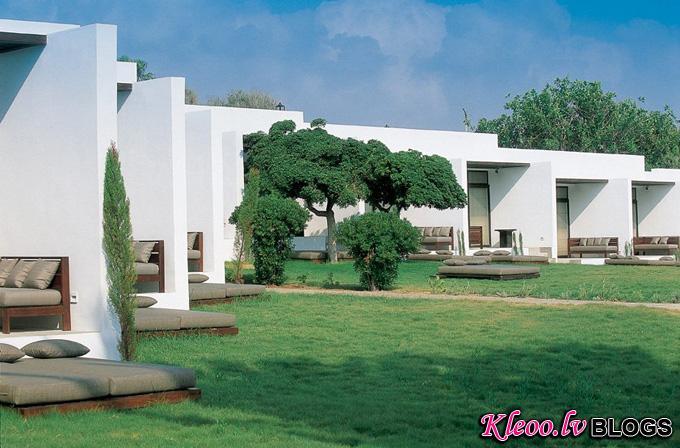 almyra-hotel-thanos-michaelides05.jpg