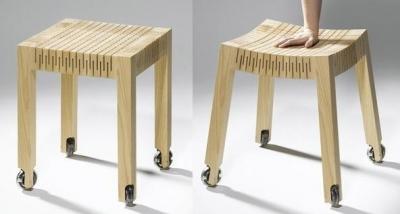 Стул из дерева с гибким сиденьем?