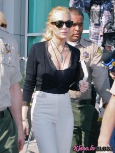 Lindsay Lohan gatavojas cietumam neskatoties ne uz ko