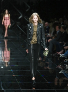 London Fashion Week: Burberry Spring/ Summer 2011