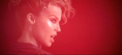 Jaunais Kylie Minogue klips - Get outta My Way
