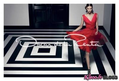 Karlie Kloss reklāmas kampaņā.